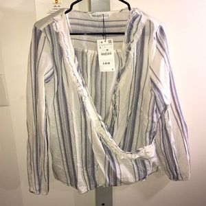 Zara never worn ruffle shirt